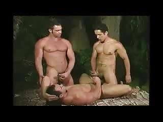 Rafael Alencar in a hot threesome