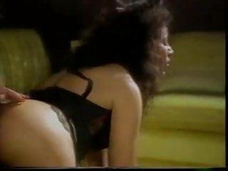Download video bokep Linda Shaw and Maria Tortuga fuck with a Strap On Mp4 terbaru