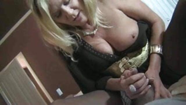mature granny hardcore porn gif