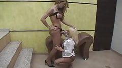 lady-man bangs gal