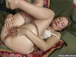 Mom gets aroused easily in her sheer nylons