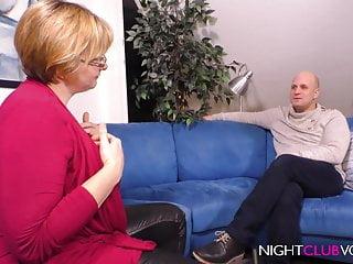 Dicke Titten Inge braucht es von Ihrem Nachbarn