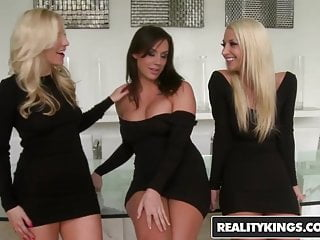 We Live Together Ashley Fires Sammie Rhodes Chanel Preston
