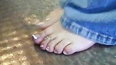 Sammy's Hot Sweaty Toes