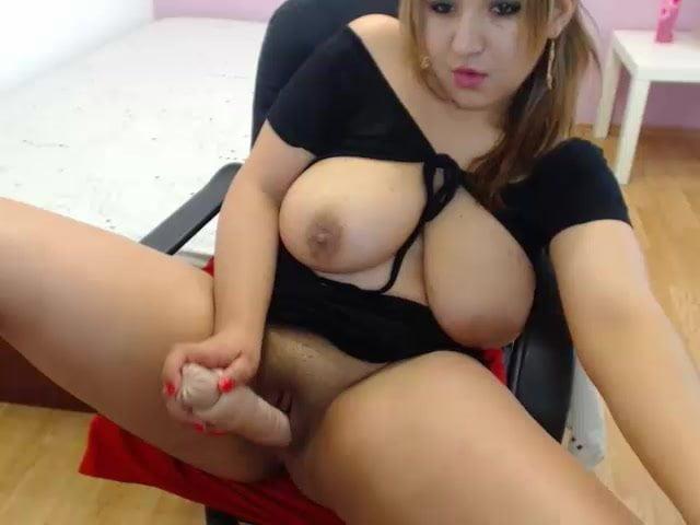 Curvy Bitch