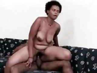 Download video bokep Black Power Mature , fuckin young man Mp4 terbaru