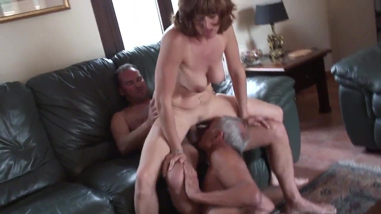 Amateur Mature Cuckold Threesome Part 2, Porn 3B Xhamster-3912
