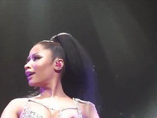 Nicki Minaj - Rogers Arena, Vancouver 2015. (Nipple Slip)