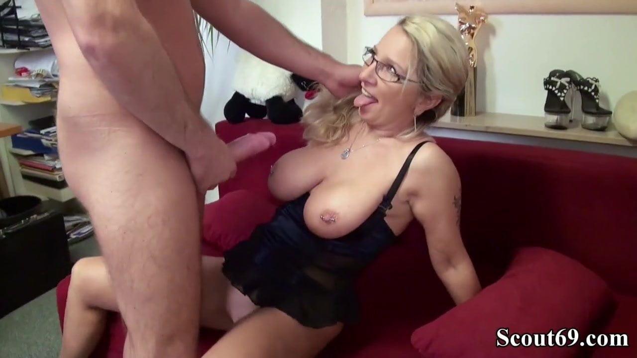 German mom, sexy emo blonde girls in mini skirt
