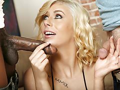 Cindy Lou Fucks Black Cock - Cuckold Sessions