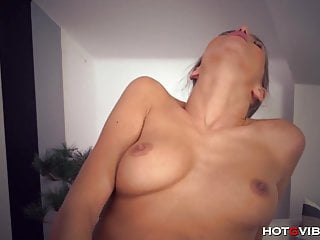 Horny Brunette Beauty Fingers Her Juicy Pussy