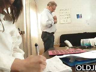 Download video bokep Old and Young Nurse Turns Checkup into Sex and Fucks grandpa Mp4 terbaru