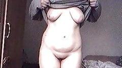 laeti chubby girlfriend strip