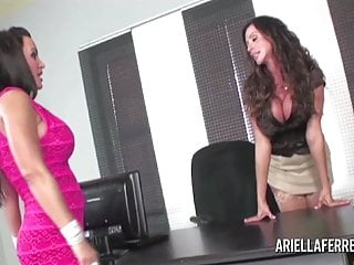 Download video bokep Ariella Interviews Lisa Ann for Secretary Mp4 terbaru