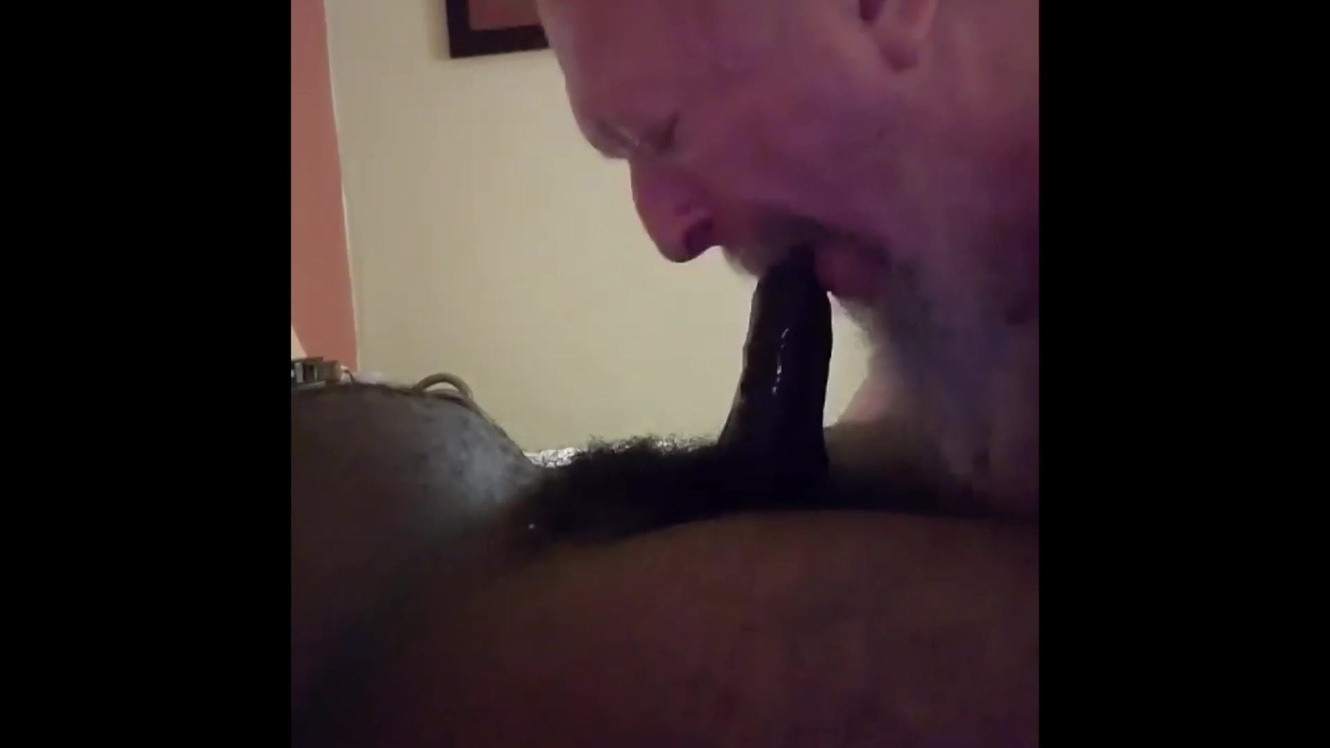 Marcus meets sizzling cub on the street