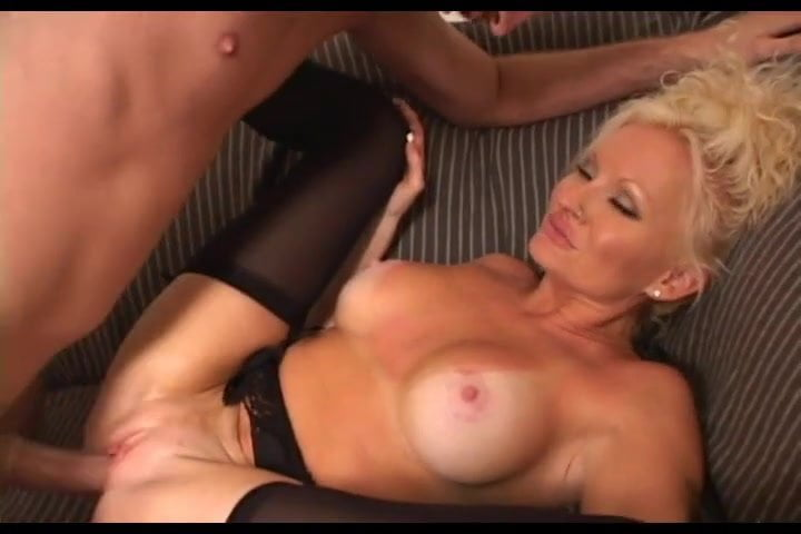Big Tits Shemales @ Free Transsexual Movies, Transsexual.