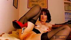 Sophie Pasteur Webcam - Horny MILF won't let you get bored