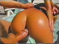 Gape Session: Vintage natural anal beauties Silvie & Natasha