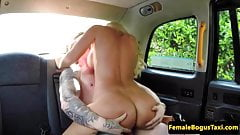 Busty british cabbie cockrides on backseat