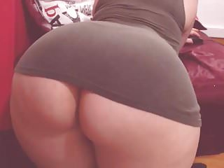 curvy latina 1