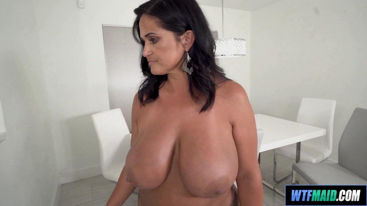 4Tube En Español super thick latina maid