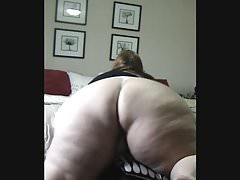 Solo fat girl masturbates