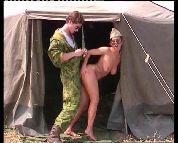 Grossi calibri al campo militare - 5 9