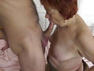 Download video bokep He loves gandmas old pussy! Mp4 terbaru