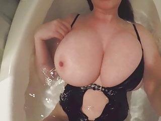 mom self naked pic