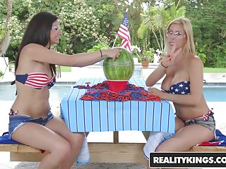 Realitykings Moms Lick Teens Alexis Deen Alexis Fawx L