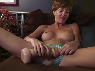 Xxview Dildoing On Webcam With Nipple Clamps