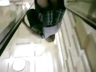 Nice legs on the escalator