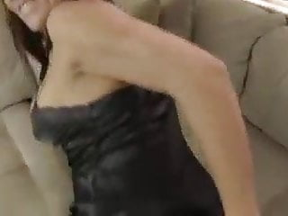 Download video bokep Mom helps not her son Mp4 terbaru