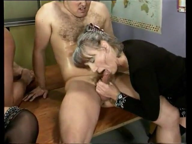 Mature Wife First Bbc Creampie