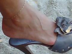 so sexy MILFY feet