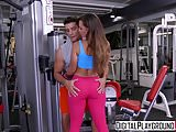 XXX Porn video - Gym-Fails flx Kelsi Monroe