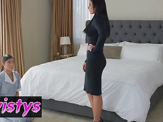 When Girls Play India Summer Emily Willis Subservient