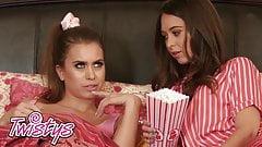 When Girls Play - Riley Reid Jill Kassidy - Lesbian Bed