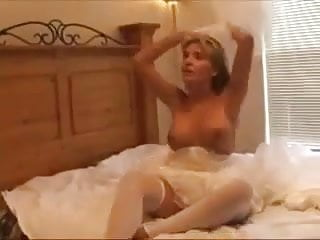 Black Guy Breeding White Wife on Her Wedding Day Porn