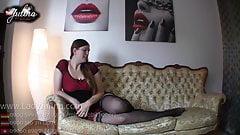 FemDom Sklave Domina Mistress Goddess BDSM POV JOI Nylon