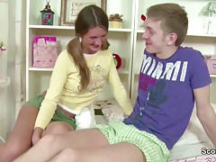 Bro Caught Petite Step-Sister and Seduce to Fuck her Anal