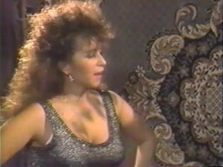 VirtualTaboo.com Sexy MILF Vittoria wants to take bath with you 99%