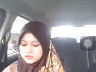 Download video bokep Hijabitch Bigo Belanja Sambil Drive Mp4 terbaru