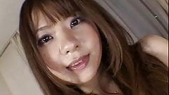 YUKIKO close-up japanese pussy play
