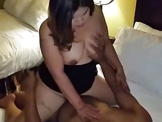 DUDE FILMS WIFE TAKING HER FIRST BBC