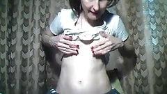 Grany show yor saggy tits