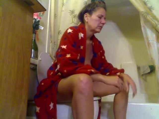 Mature toilet pooping