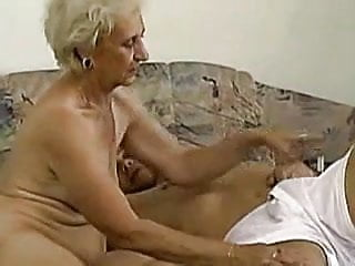Preview 3 of Granny can deepthroat