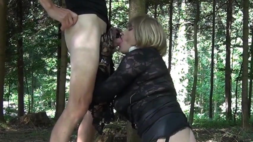 masturbateing-black-woman-fucked-in-the-woods-xxx