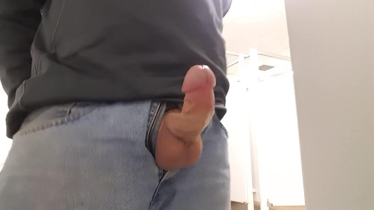 jack-off-at-urinal
